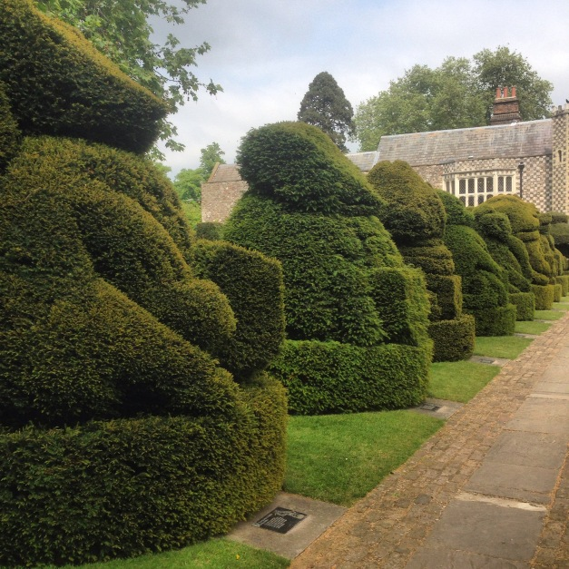 'King's Beast' topiary at Hall Place, Bexley, Kent