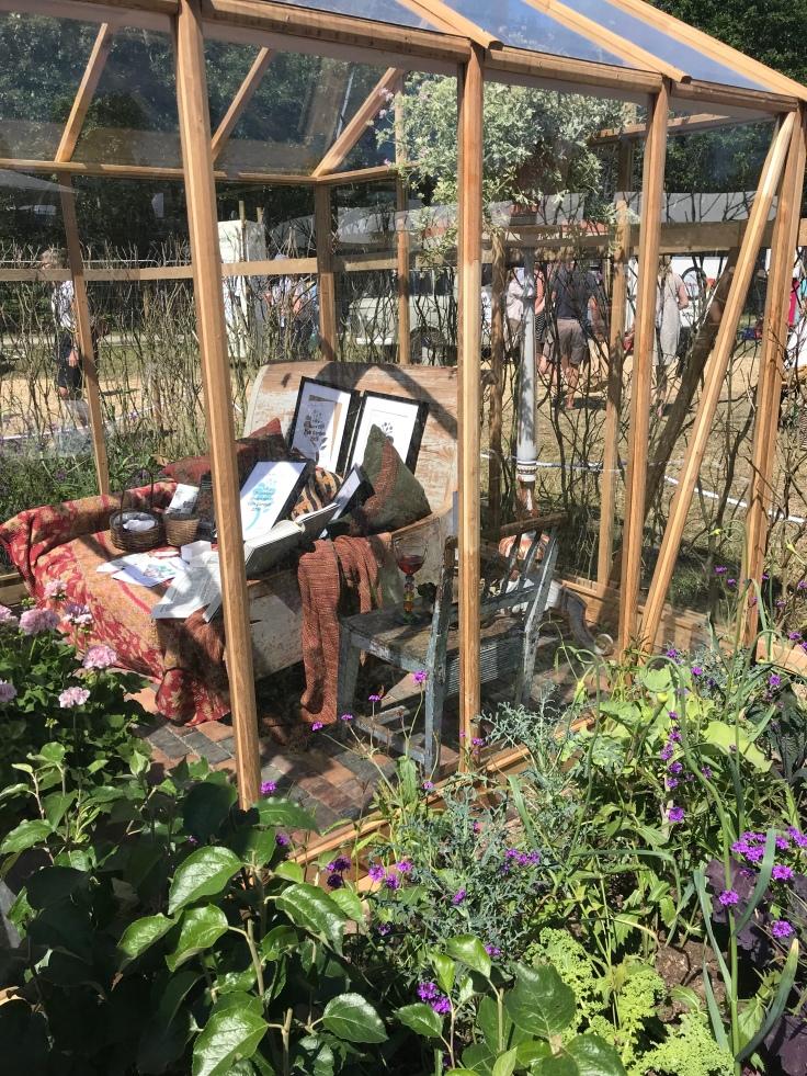 Comfy greenhouse